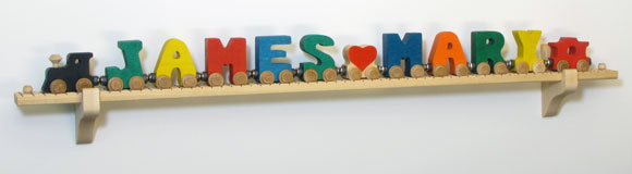 NameTrain Wall Mount Set w/12 Cars